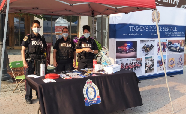 Despite the hot and hazy conditions, the Timmins Police Service was well represented at the annual Welcome to Timmins Night yesterday evening. As a gesture […]